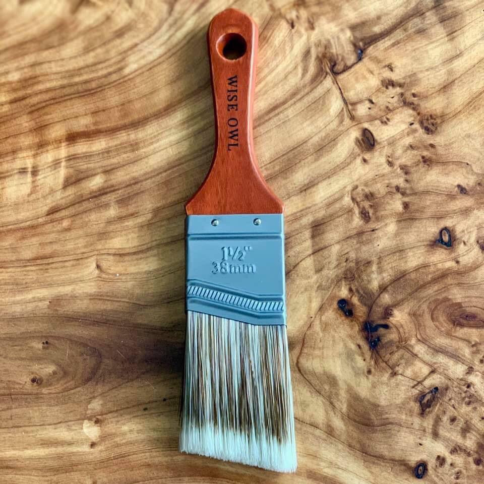 Wise Owl Premium Angle Brush