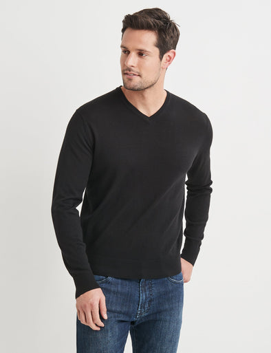 Dev Merino V Neck Knit - Black