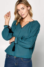 Load image into Gallery viewer, V-NECK LONG SLEEVE LINEN TOP