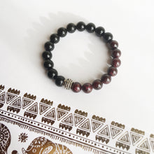 Load image into Gallery viewer, Black Onyx and Garnet Sterling Silver Bracelet
