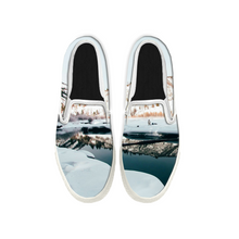Load image into Gallery viewer, Womens Mens Sneaker Canvas Loafers,Flat Shoes,Unisex Art Sneaker,On The Snow