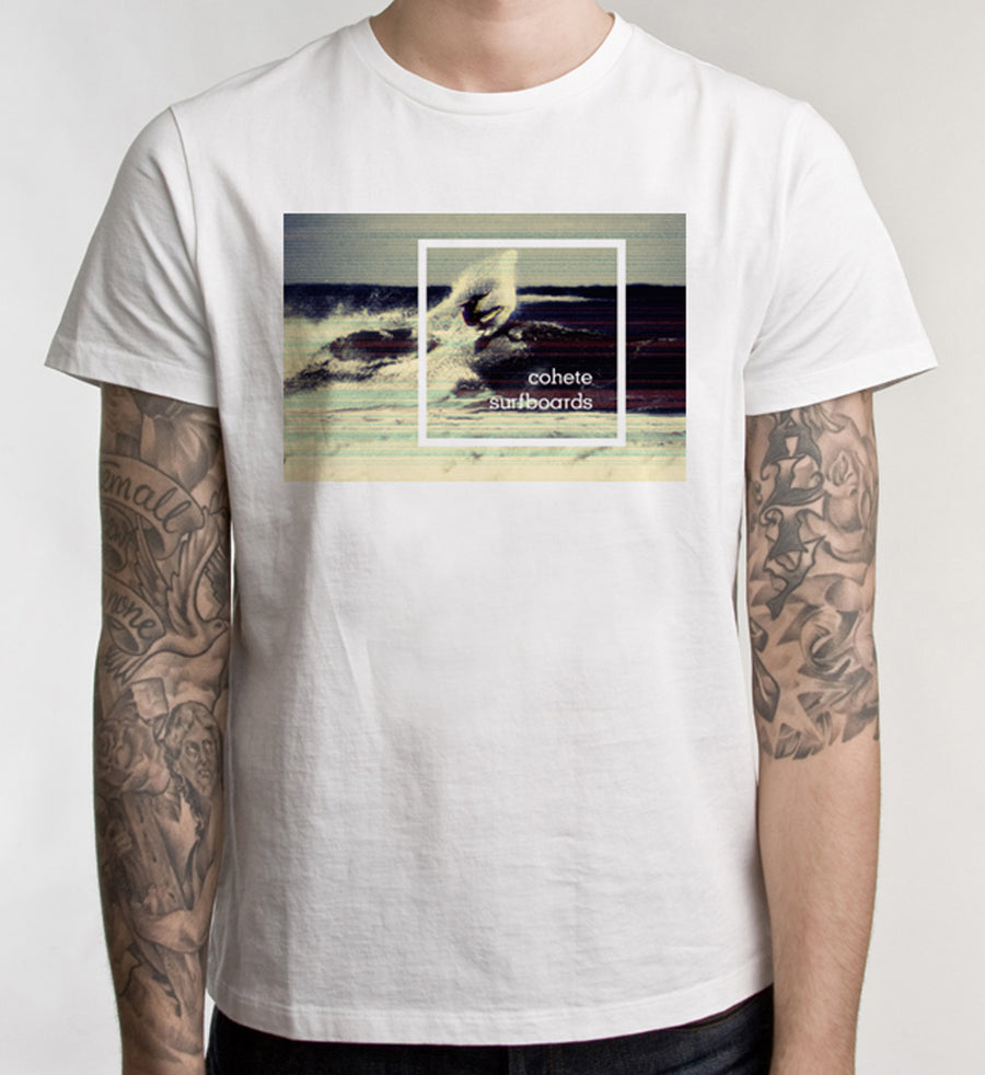 T-SHIRT: DISTORTED SNAP