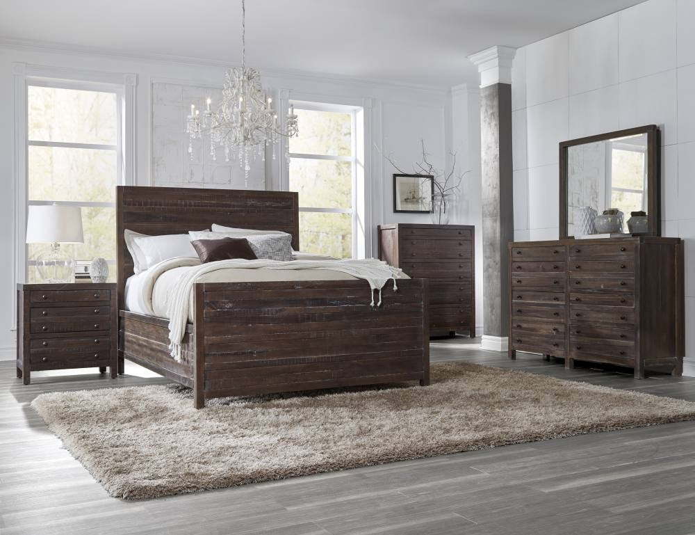 Townsend Collection Queen Panel Bed - Java Finish