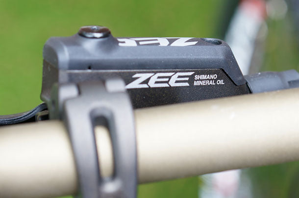 Close-up Shimano Zee brake lever reservoir