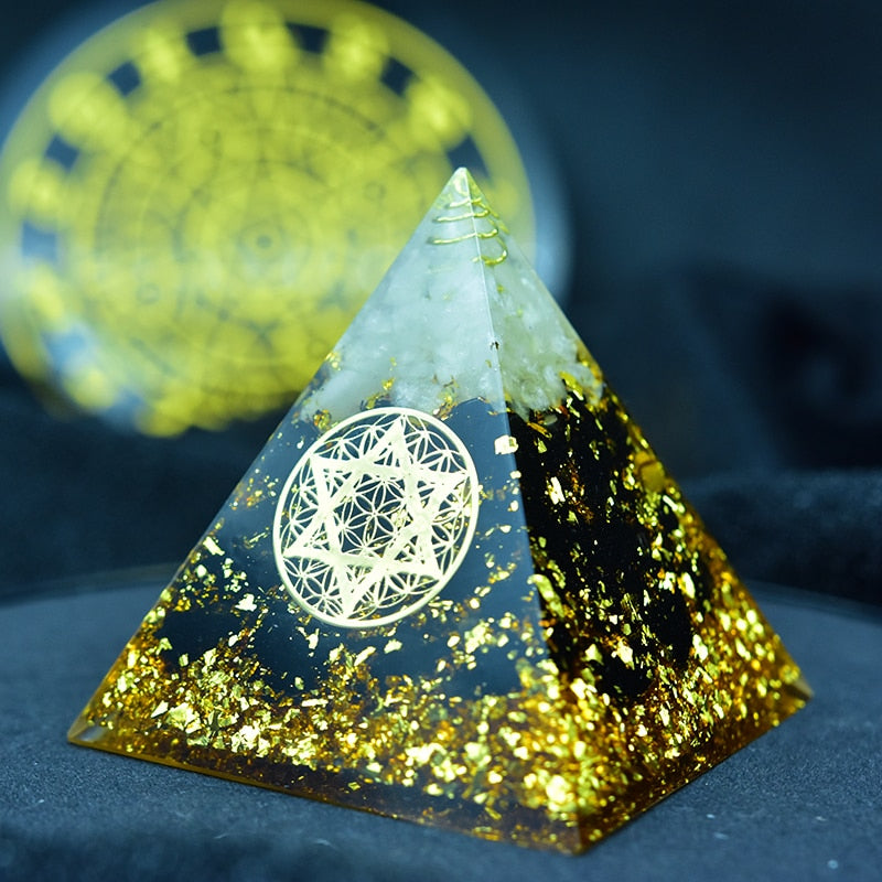 Orgone Pyramid for Truthful Energy with Obsidian Crystal