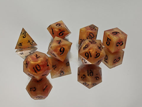 Magmatic 7 Piece Tabletop Dice Set