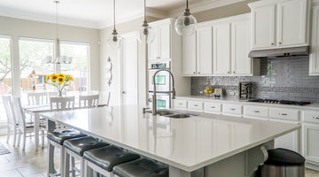 Top Tips for Cleaning Your Kitchen Cabinets