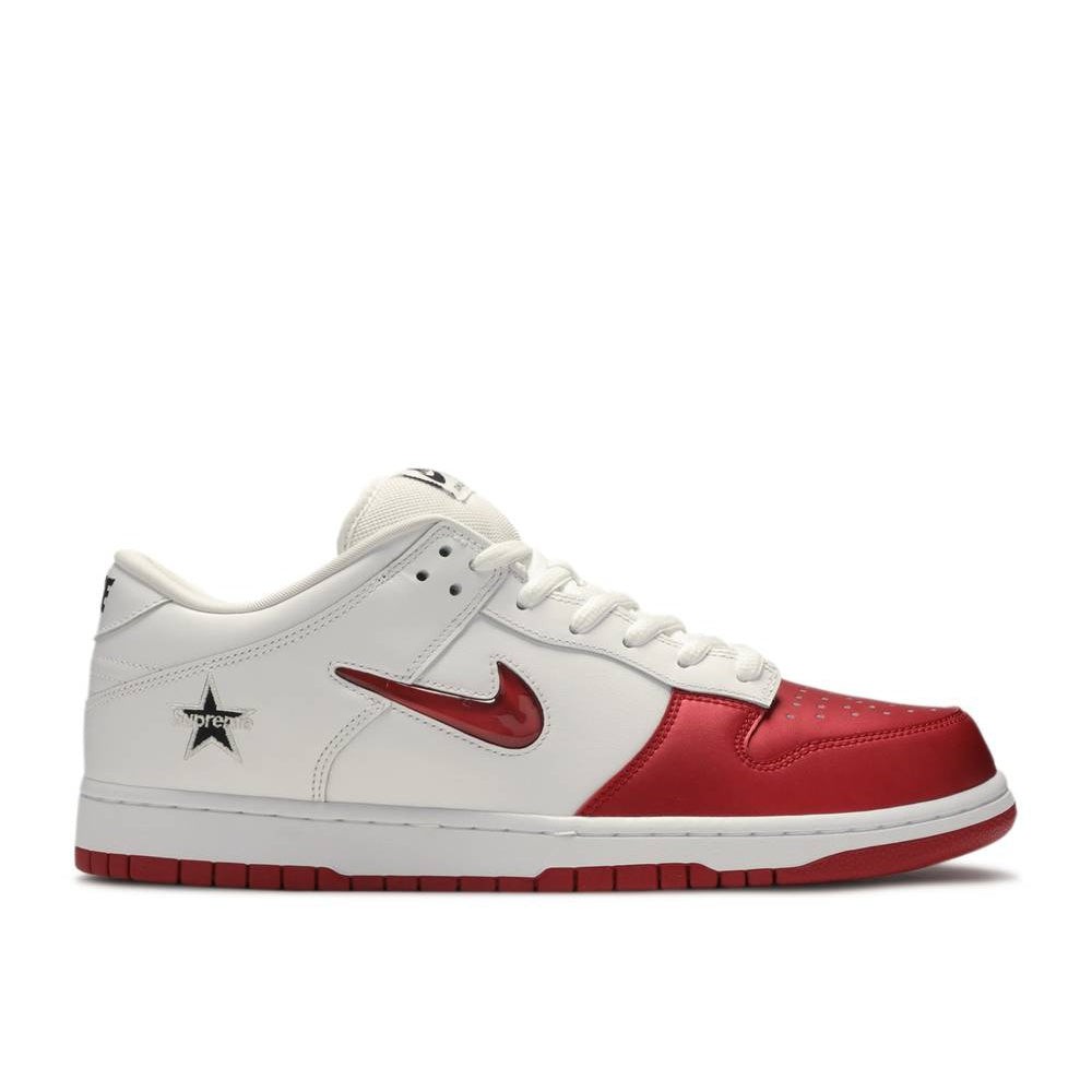NIKE DUNK SB LOW X SUPREME VARSITY RED