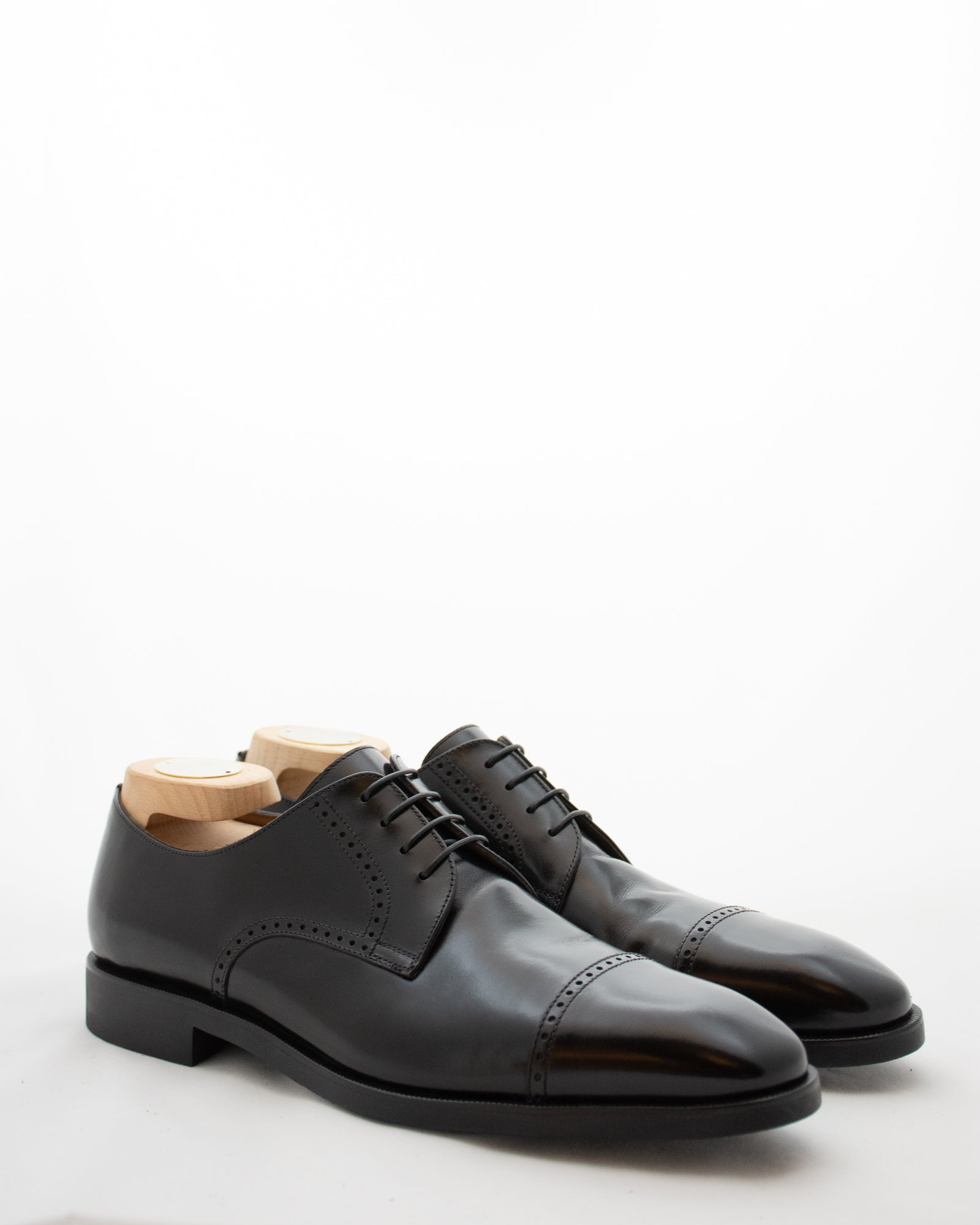 CORNELIANI Brogue Lace Up