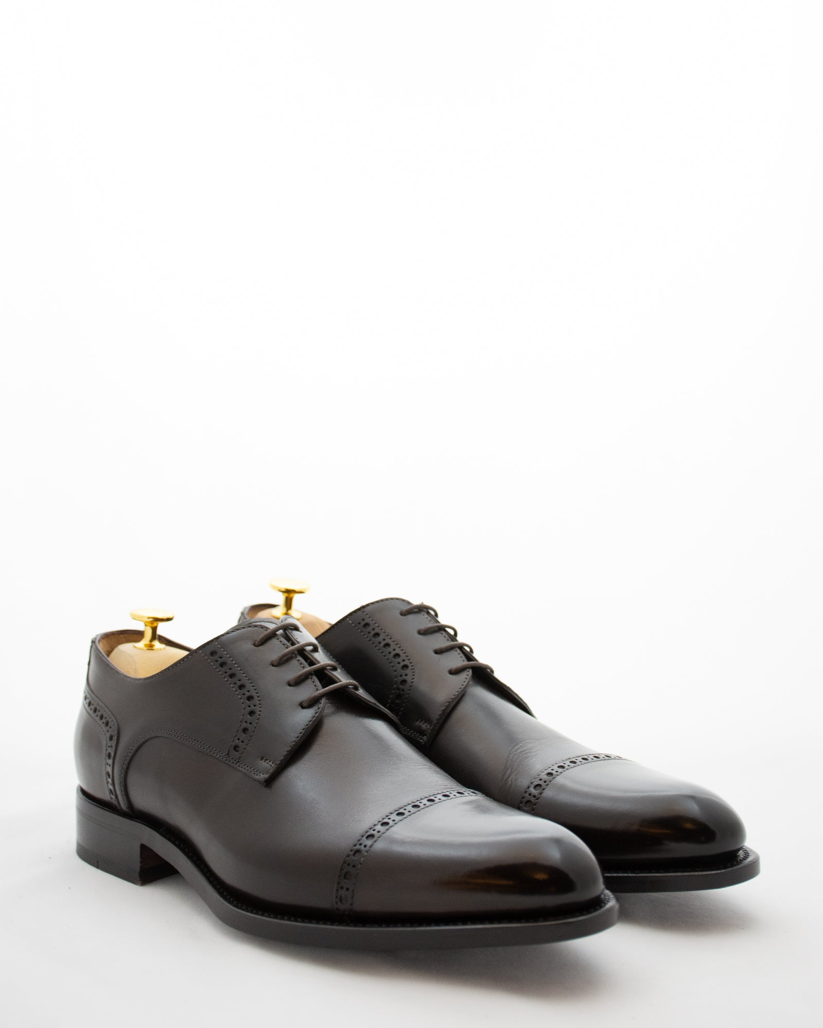 ISAIA Cap Toe Lace Up Brogue