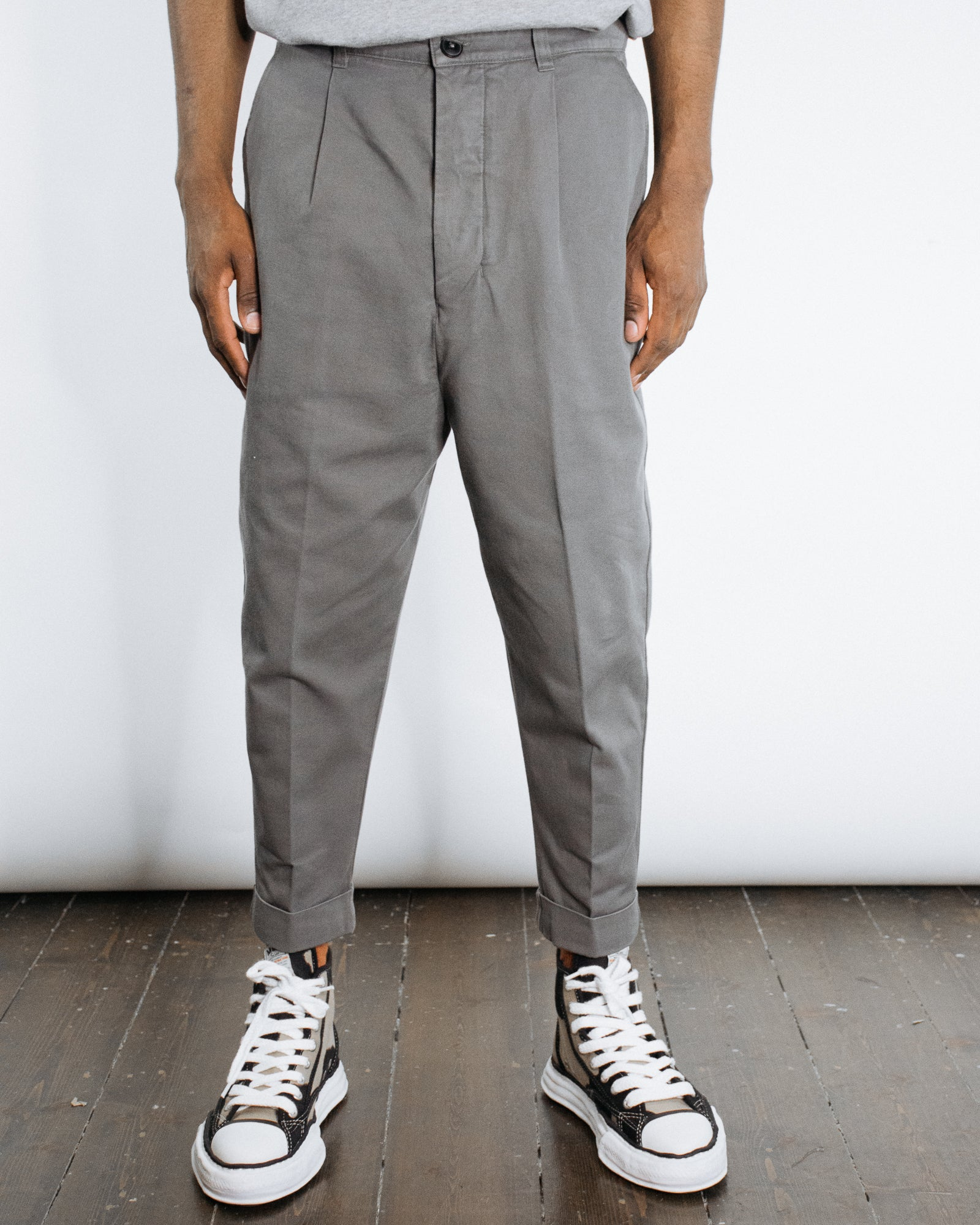 AMI OVERSIZED CARROT FIT TROUSER