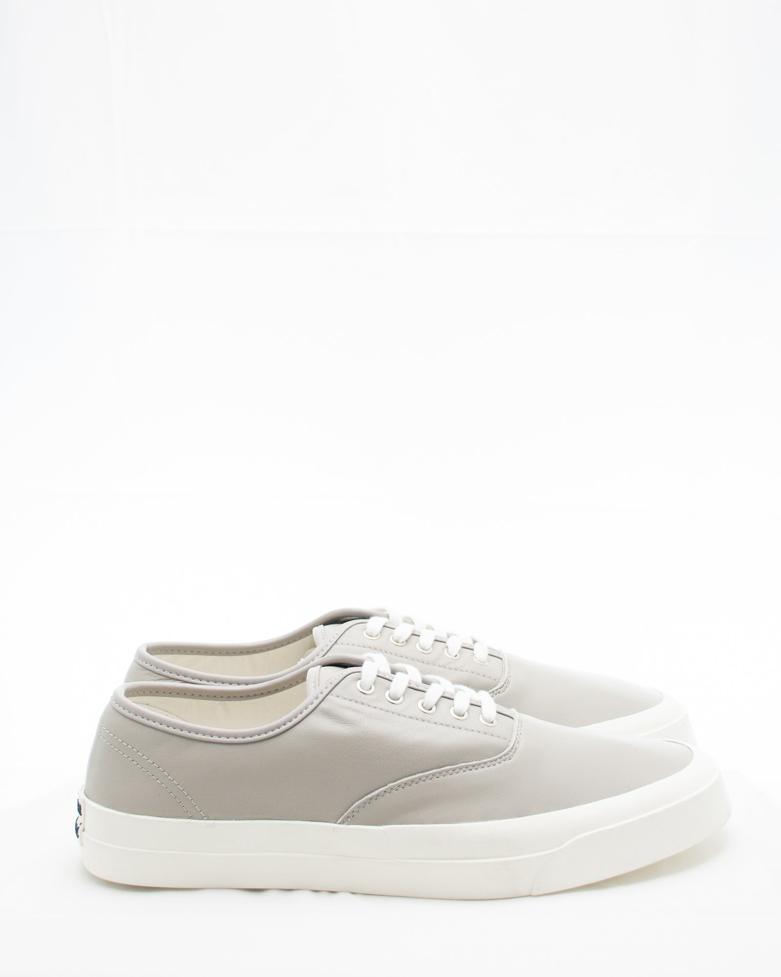 KITSUNE Leather Lace Sneaker