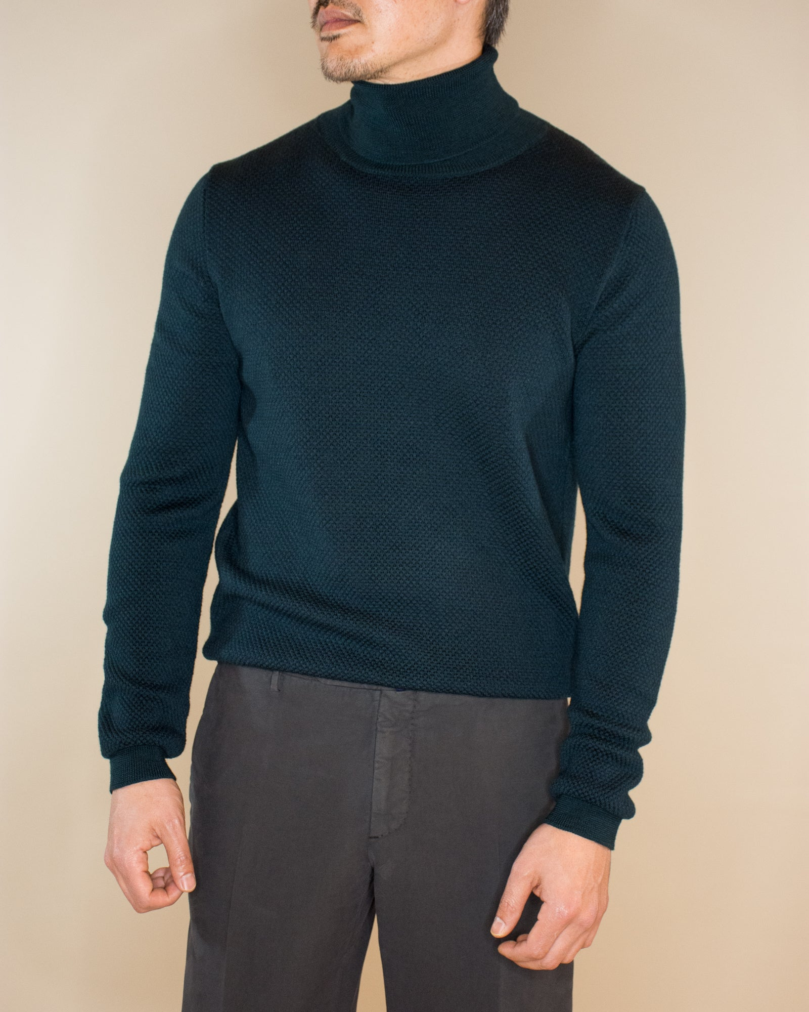SLOWEAR Turtleneck Sweater