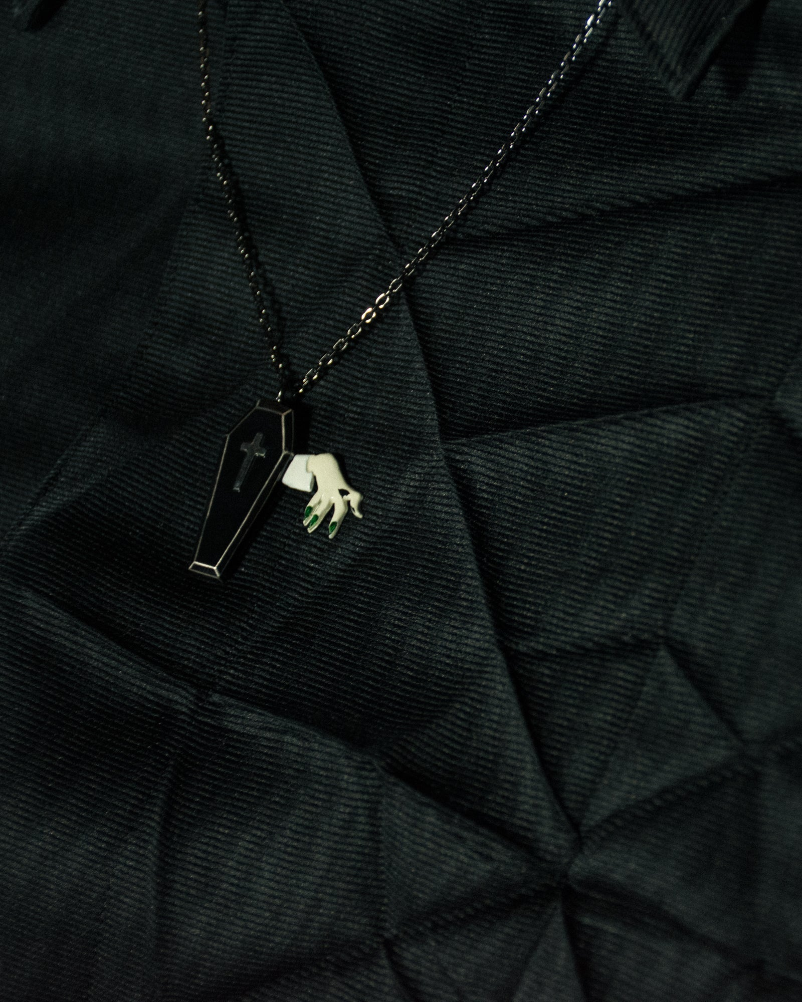 UNDERCOVER Coffin Necklace
