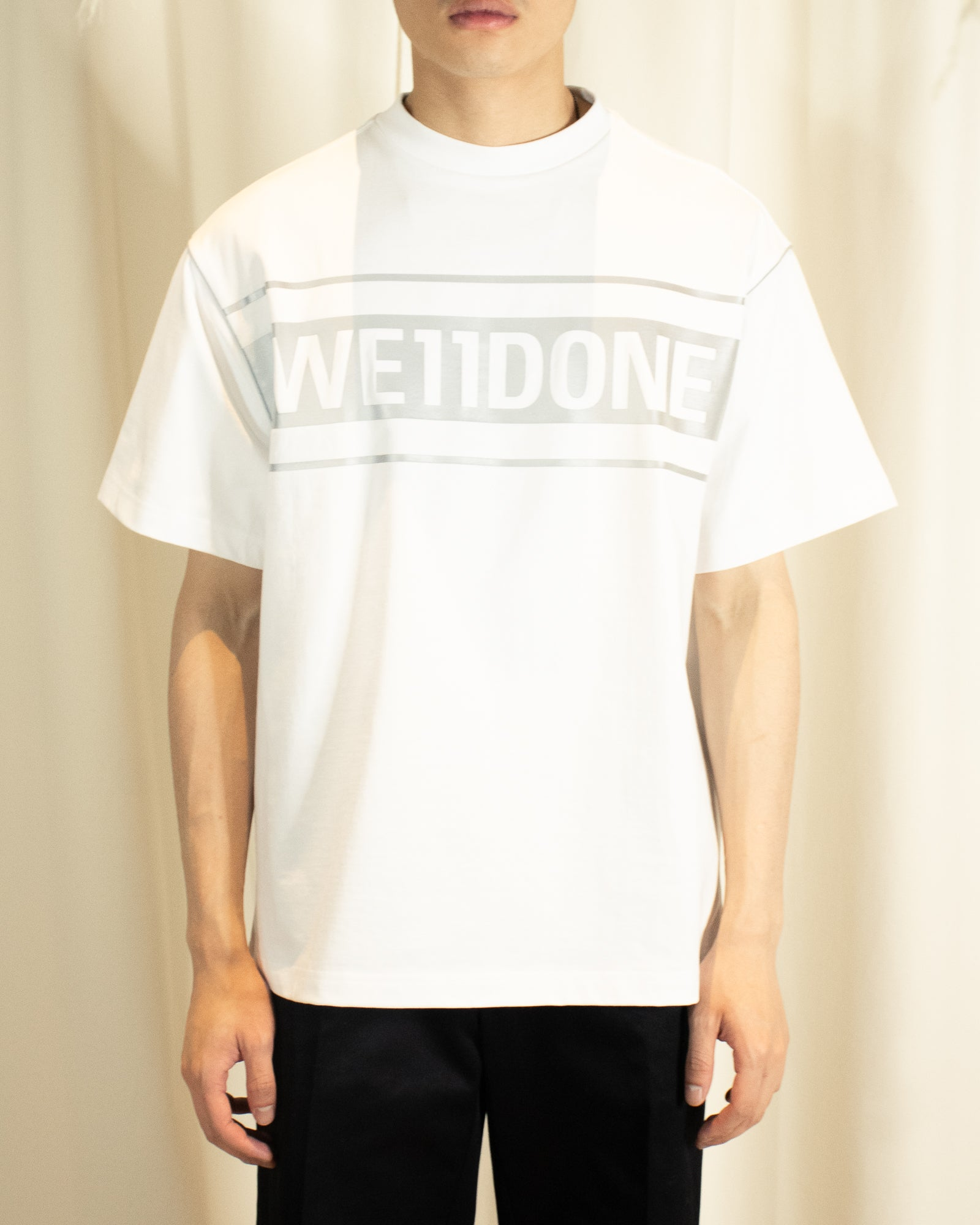 WE11DONE REFLECTIVE LOGO TEE