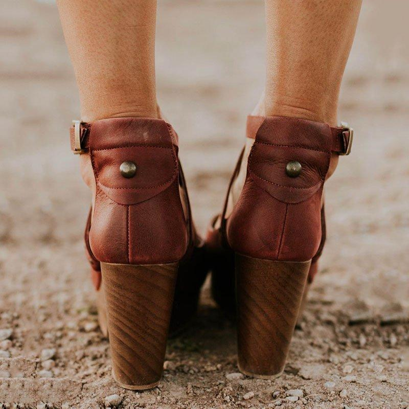 Buckle cross strap high heel sandals