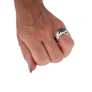 White Golden Ring set with 3.76 Carat Blue Spinel and Diamond