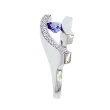 Load image into Gallery viewer, White Golden Ring 0.74 Carat Blue Sapphire and Diamonds