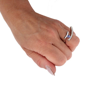 White Golden Ring 0.74 Carat Blue Sapphire and Diamonds