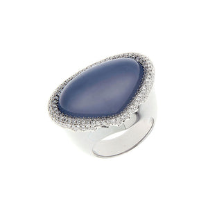 18 Karat White Golden Ring 22.65 Carat Lavender Chalcedony and Diamonds