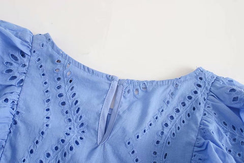 CUTWORK EMBROIDERY CROPPED BLOUSE