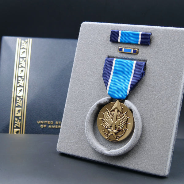 USAF Remote Combat Effects Campaign Medal - Set