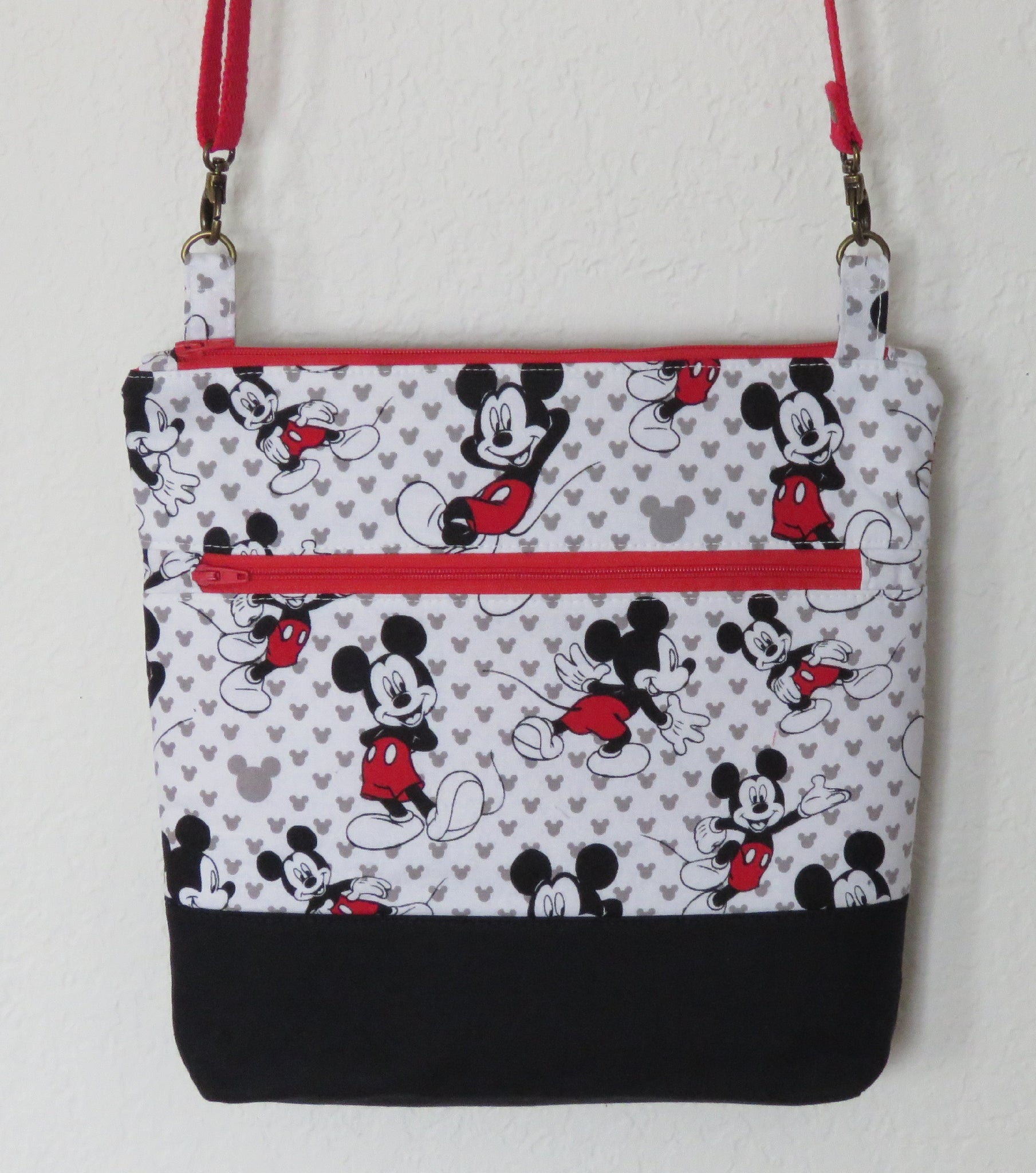 Disney Mickey Totally Toss Crossbody Purse with Adjustable Strap