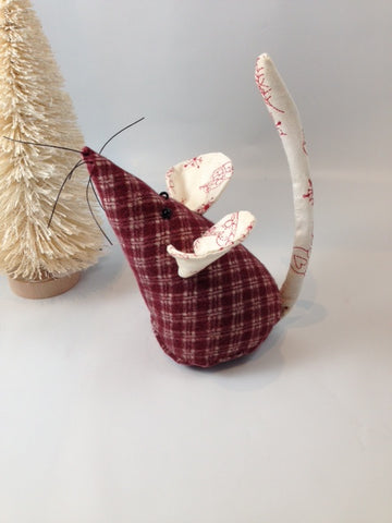 Berry Plaid Christmas Mouse
