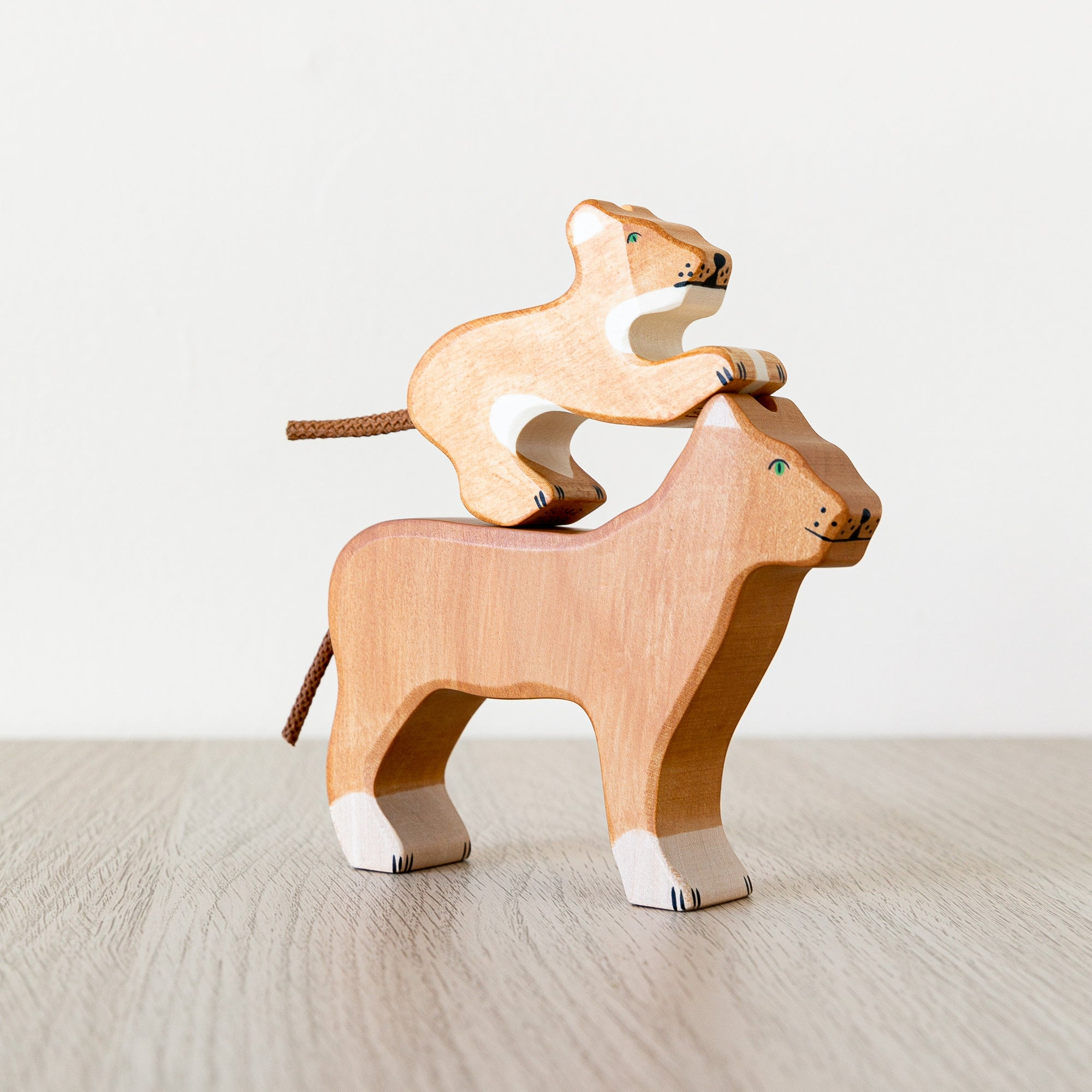 Holztiger Wooden Animal - Lion Family