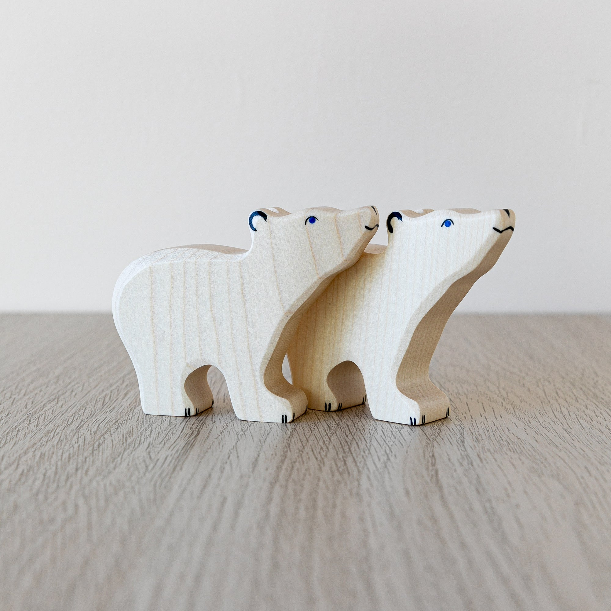 Holztiger Wooden Animal - Polar Bear, small head raised