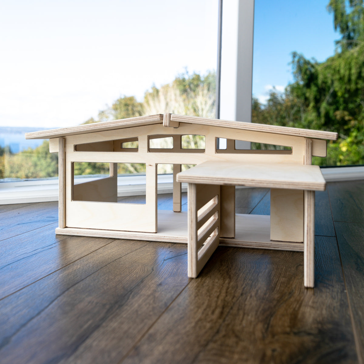Palm Desert Wooden Play House