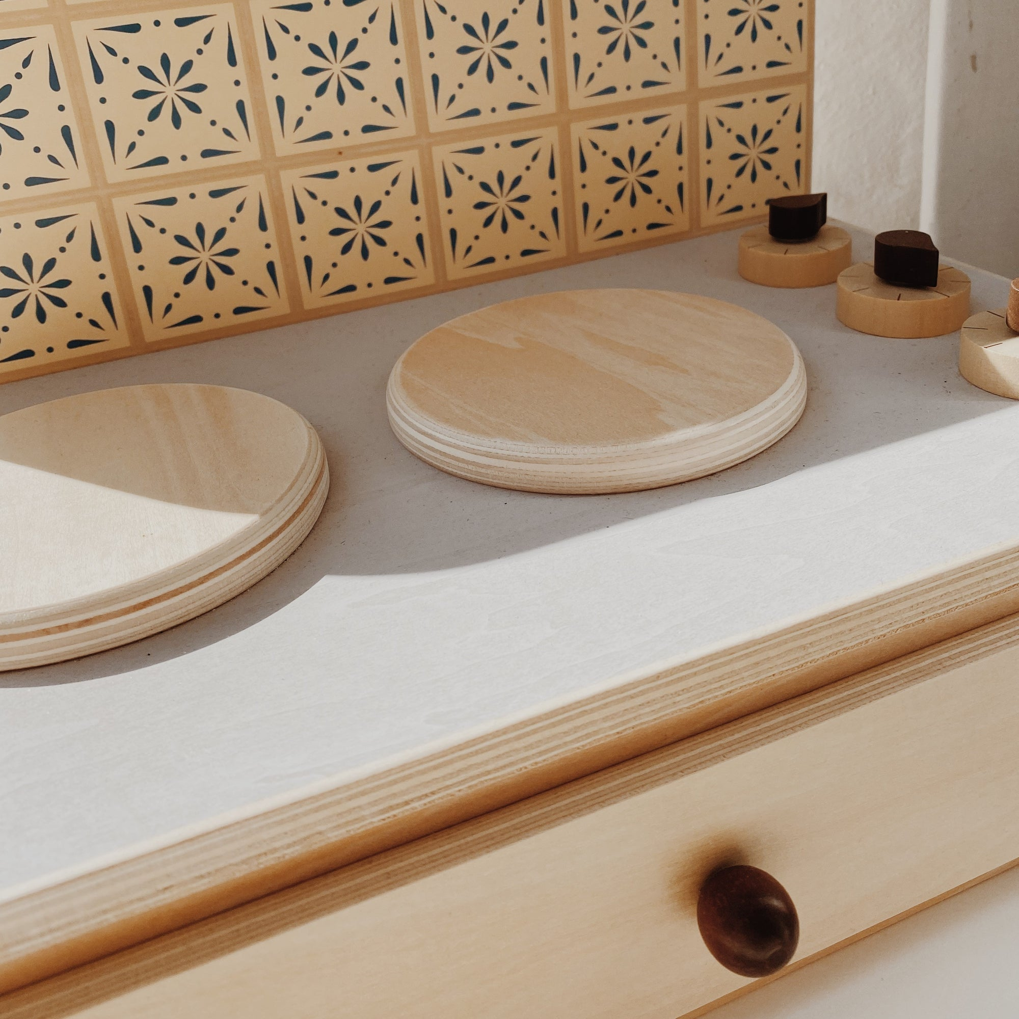 Wooden Play Kitchen Cooktop