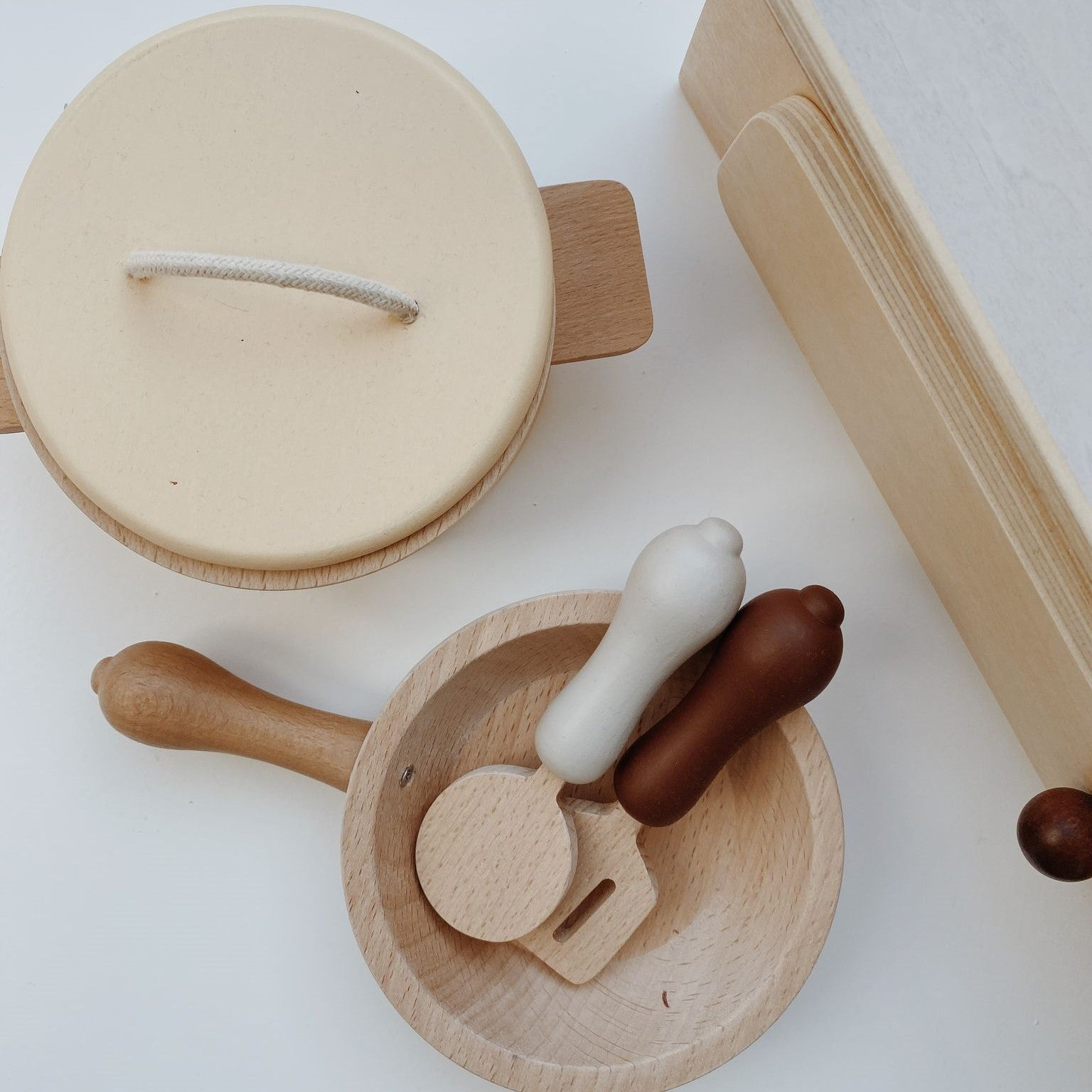 Wooden Pot and Pan Play Set