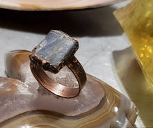 Load image into Gallery viewer, Blue Kyanite Ring