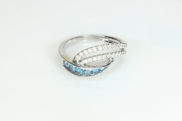 Stylish Blue Diamond and White Diamond Ring