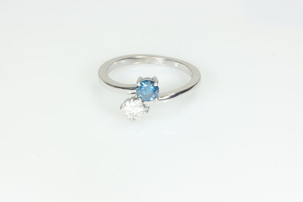 Simple Stylish Blue and White Diamond Ring
