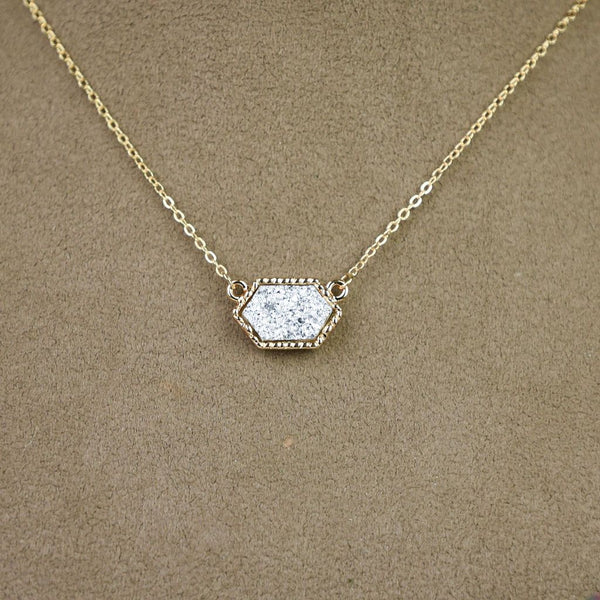 Annabelle Necklace: Gold