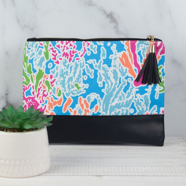 Reef Clutch Zip with Tassel