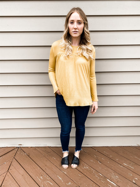 Love The Weekend Top in Mustard
