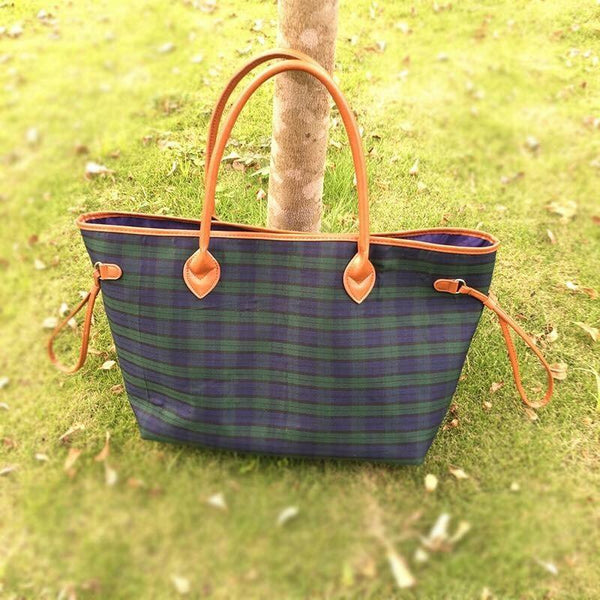 Plaid Tote in Navy or Red