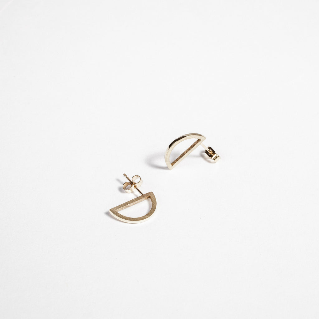 Simple earrings, Sustainable earrings, Simple stud earring design data-zoom=