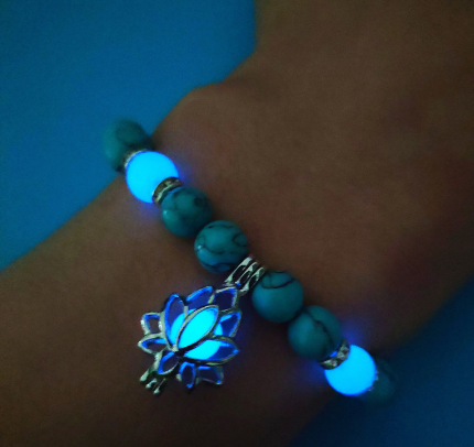 Luminous Fluorite Lotus Women Yoga Bracelets Glow In The Dark Natural Stone Bedas Charm Bracelets