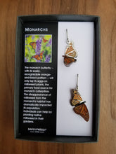 Load image into Gallery viewer, Monarch Butterflies Big Bear Box