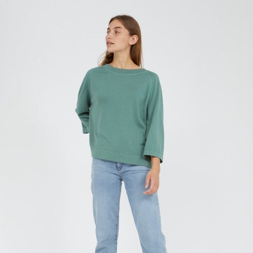 Pullover matcha front