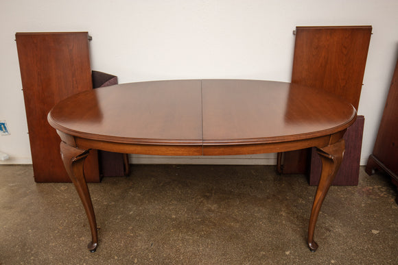 Drexel Queen Ann Dining Table, Two Leaves, and Pads