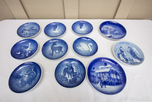 Bing & Ghrondal Mothers Day Plates Set of 8 Plus 3 Danish and Norwegian Plates