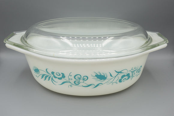 Vintage Pyrex Meadow Casserole Dish with Lid