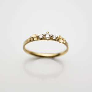 Dahlia Bow 18ct. Gold three Diamonds Ring