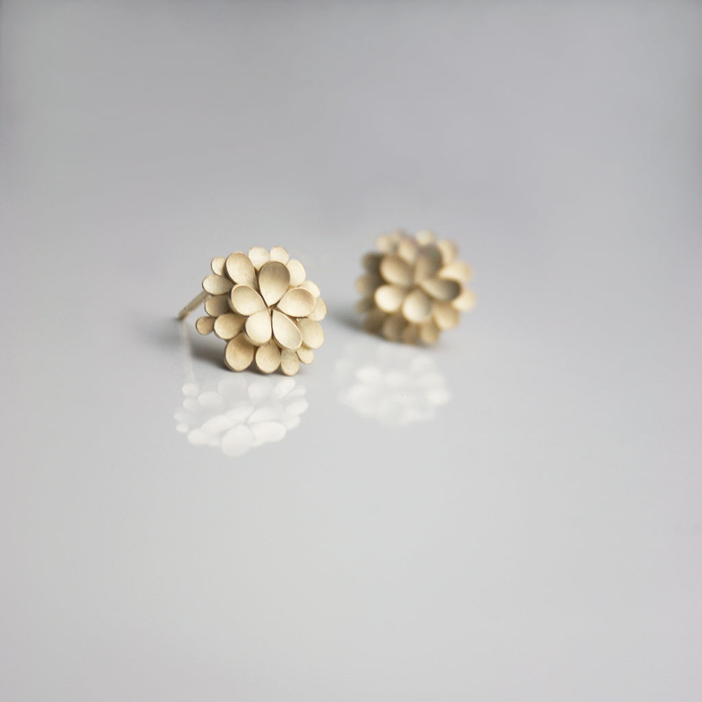 Dahlia 18ct. Gold Earrings