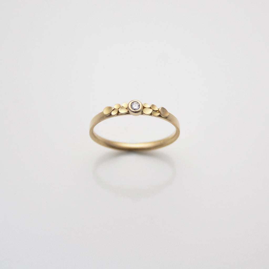 Dahlia 18ct. Gold Ring with 10 Petals